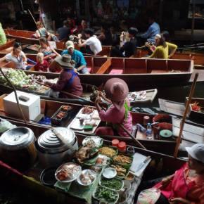 Mercados y comercio flotante en elmundo