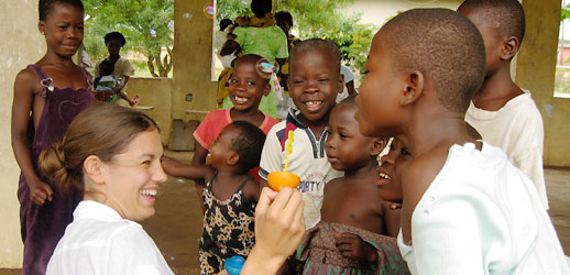 volunteer-abroad