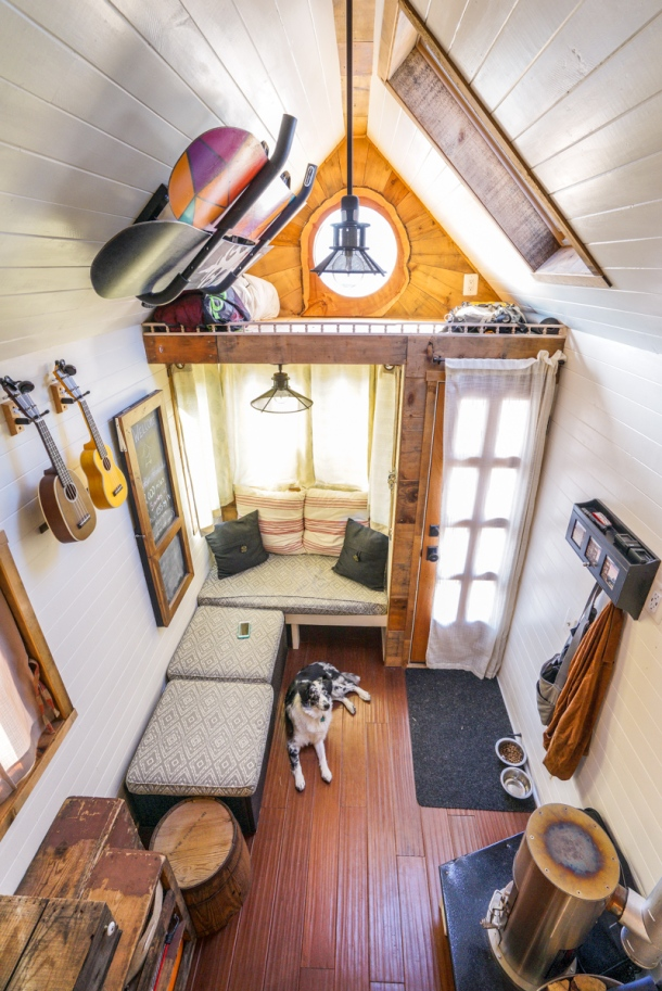 Tiny-House-Interior-0003